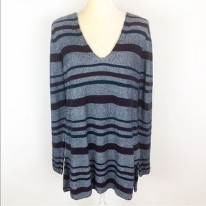 Two By Vince Camuto Gray Striped Tunic Sweater